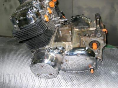 nettoyer un moteur de moto par cryogénie