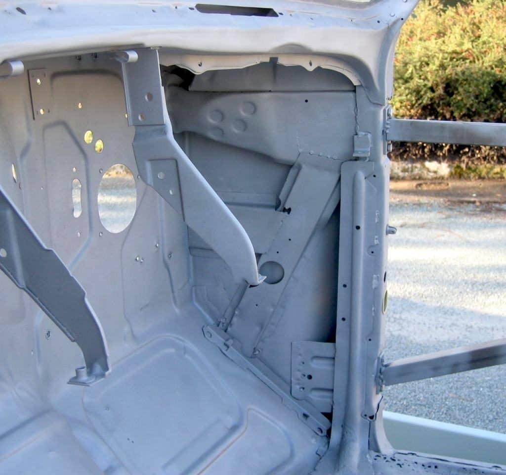 decapage chassis coque peinture epoxy appret revetement anti-corrosion