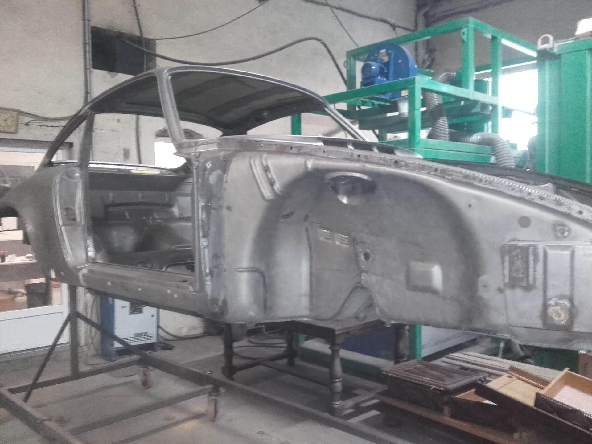 Porsche 2.7L RS aérogommage