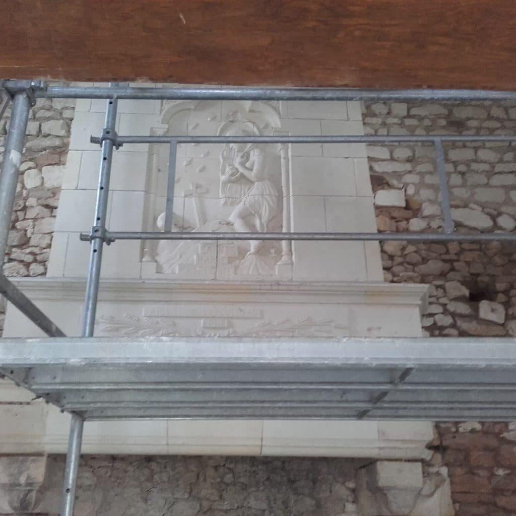 décapage cheminée en pierre