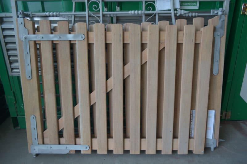aérogommage portail bois décapage