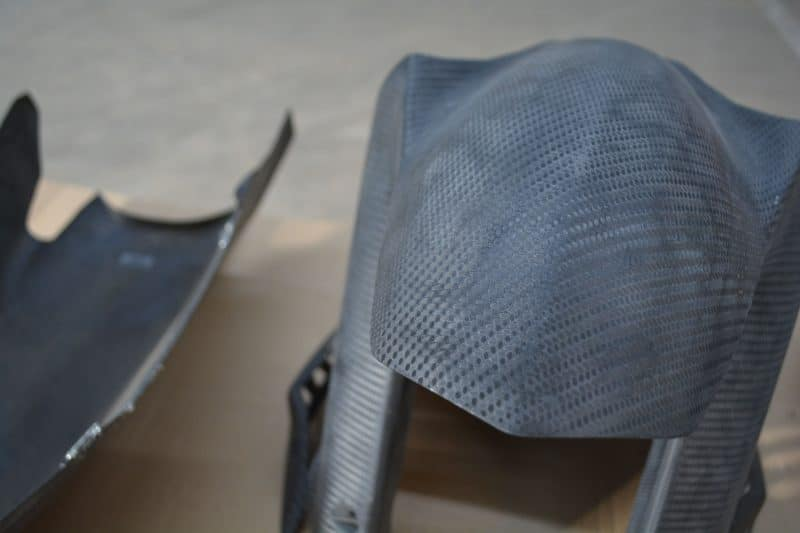 décapage garde boue carbon/kevlar yamaha R6 gmt94